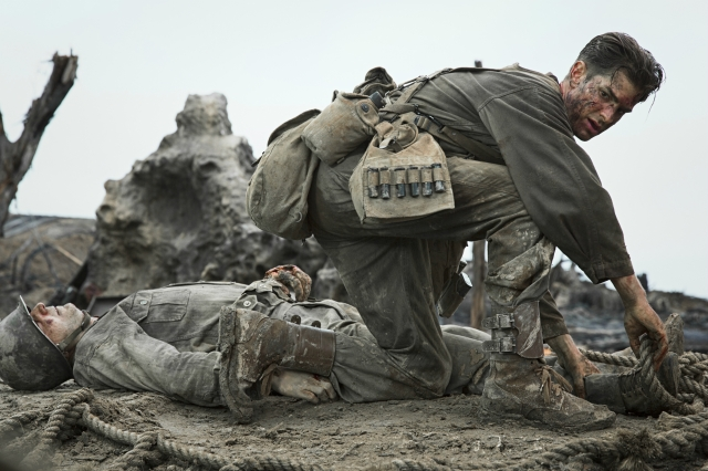 hacksaw-ridge-2016-andrew-garfield